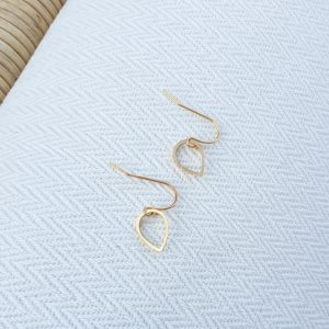 Raindrop gold plated earrings