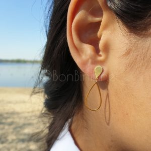 Medium oval gold plated earrings